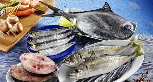 Pesce-azzurro-gratinato-con-pane-al-profumo-di-prezzemolo-e-menta-680x400
